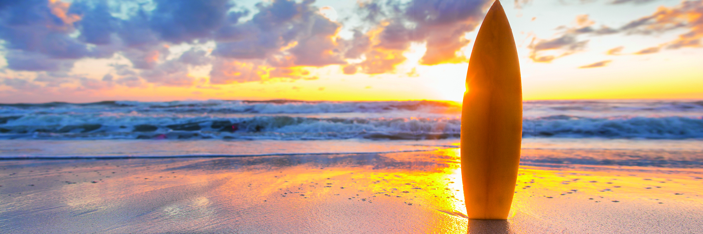 Surfboard-Bournemouth-Beach-Ben-Richardson-Marketing-Harker-and-Bullman-Letting-agents-meet-the-team